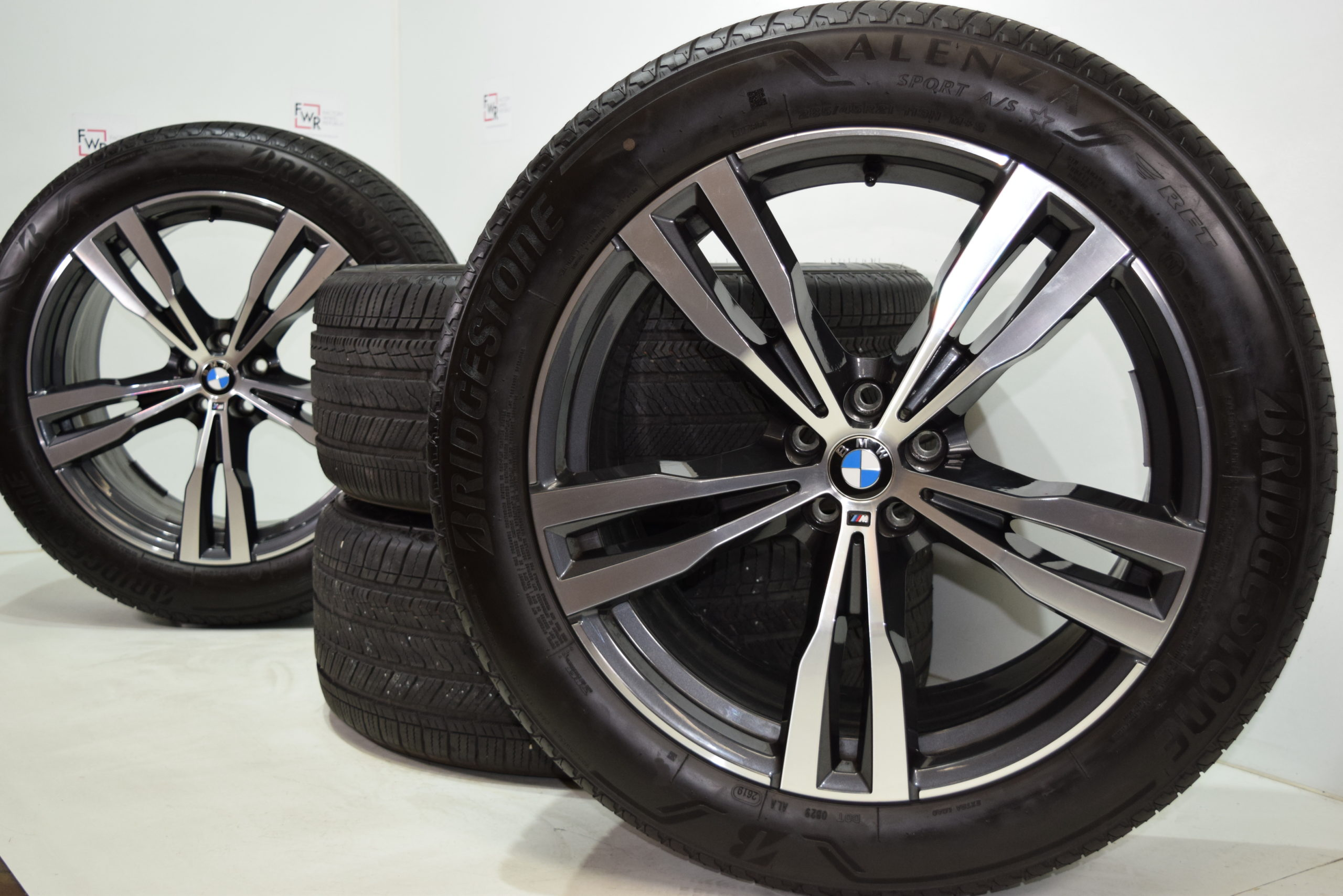 21′ BMW X7 X5 FACTORY OEM GENUINE ORIGINAL 754M wheels and tires